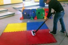 dezynfekcja mat w przedszkolu parownicą EVO 304