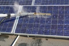 skuteczny zestaw do mycia panelu słonecznego