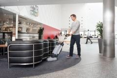Nilfisk SC 100 urządzenie do mycia podłóg w punktach usługowych_4