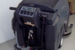 dobry automat do sprzątania viper fang 32t