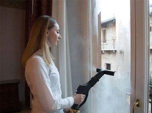 Mycie okien myjką parową domową