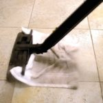 Jak i czym wyczyścić fugi w łazience lub kuchni? [PORADNIK]