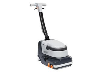 Nilfisk SC250 – kompaktowa maszyn do mycia podłóg (do 1360m2/h)