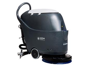 Nilfisk SC430 – średnia maszyna do mycia podłóg (do 2120m2/h)