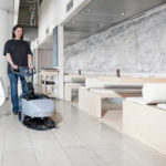 Jakie urządzenia czyszczące dla hoteli? Ranking najlepszych maszyn sprzątających!