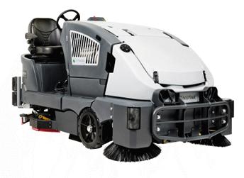 Automat szorująco – zamiatający Nilfisk CS 7010