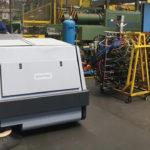 Jakie maszyny do czyszczenia posadzek przemysłowych w magazynach, halach i centrach logistycznych?